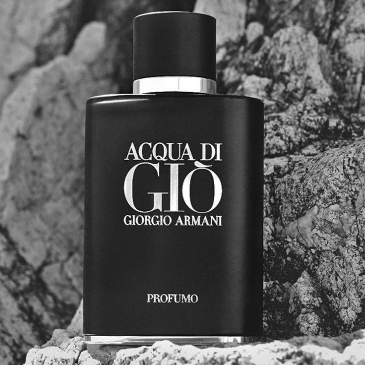 Intenso e sedutor o novo perfume de Giorgio Armani foi Inspirado na fusão do mar com a rocha vulcânica, Acqua di Gio Profumo expressa a frescura característica do mar. Surpreenda-se!  #aazperfumes #perfumesimportadosmasculinos #perfumes #acquadigio #parfum #amoperfumes #perfumesparaeles