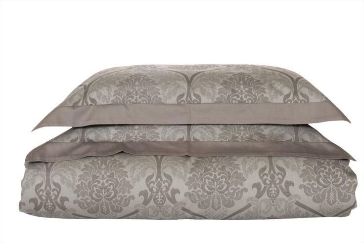 Letizia sensible luxury bedding set