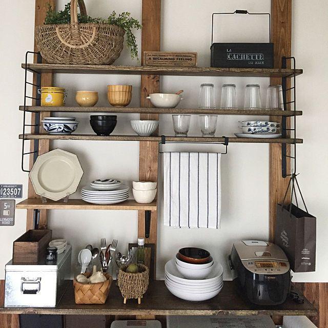 Momijiさんのmy Shelf アイアンシェルフ 食器棚diy トタンbox キッチン