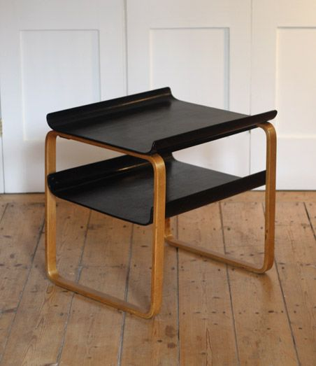 Alvar Aalto model 915 table // 1930's