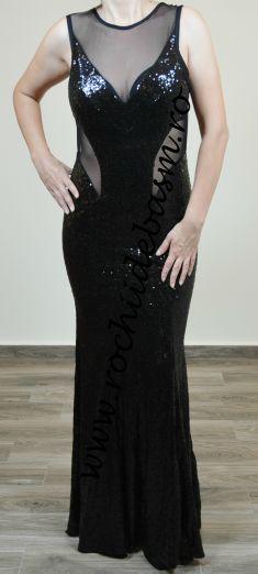 Rochie de seara neagra cu spate decupat #rochiidesearanegre #rochiidesearacuaplicatii #blackeveningdresses