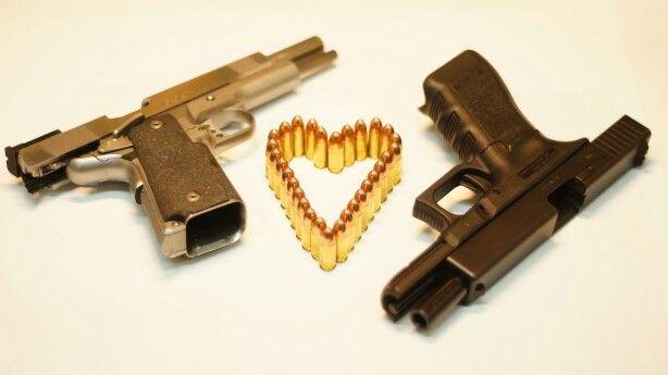 Broń to nasza pasja.  strzelnica   szkolenia   broń palna   prezent   adrenalina