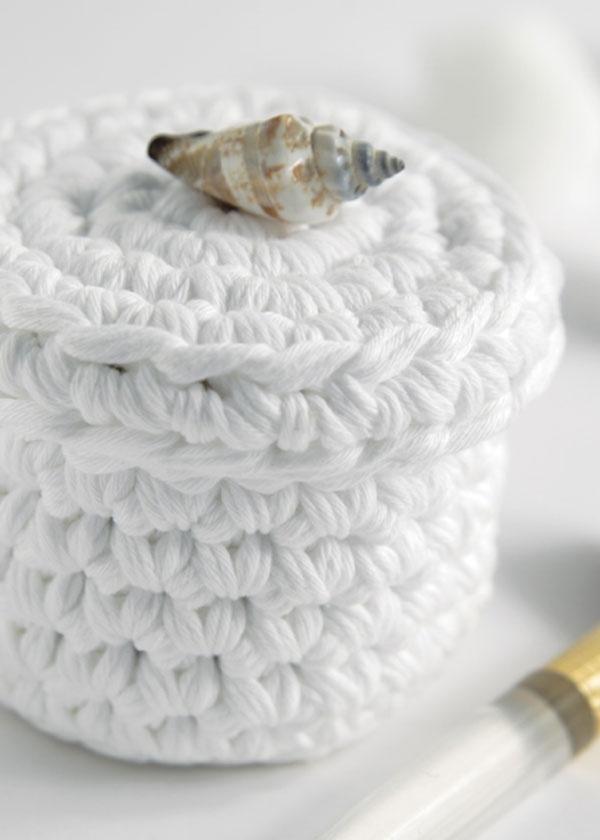 Crochet keepsake box