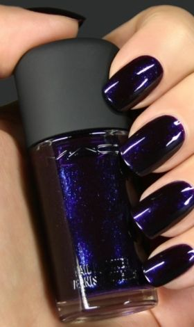 Je viens de mettre en vente cet article  : Vernis à ongles Mac 50,00 € http://www.videdressing.com/vernis-a-ongles/mac/p-3916655.html?utm_source=pinterest&utm_medium=pinterest_share&utm_campaign=FR_Femme_Parfums+%26+Beaut%C3%A9_Maquillage_3916655_pinterest_share