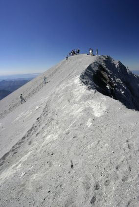 Mount St Helens - hike to the summit overlooking crater.  this is on our list! can't wait!!