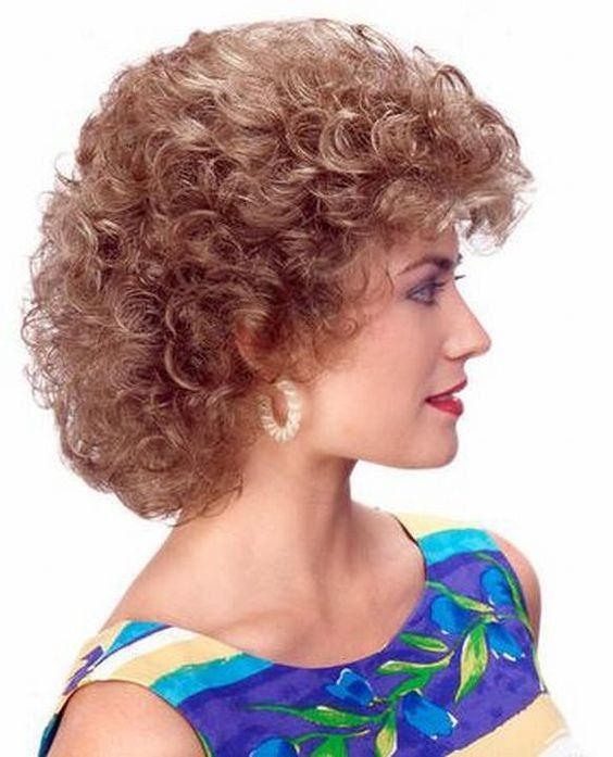 Best 25+ Vintage Curly Hair Ideas On Pinterest