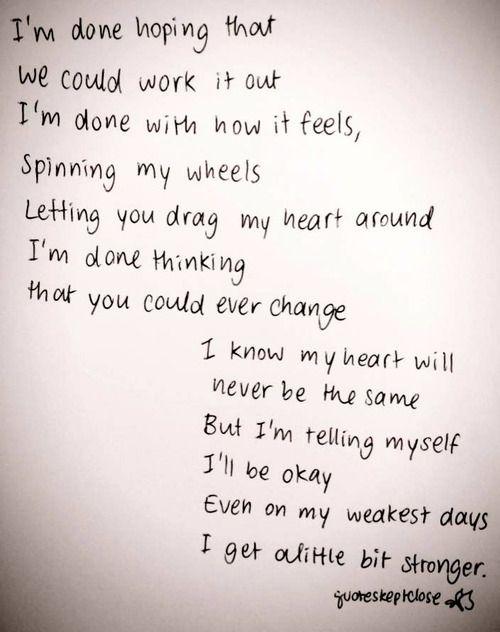 Derreck Simons - Disney Mambo #5 (A Little Bit of...) Lyrics