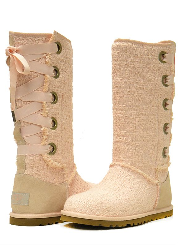 UGG ♥: Shoes, Fashion, Ugg Boots, Style, Cute Boots, Ugg Heirloom, Rainbows Cakes, Heirloom Lace, Cowboys Boots