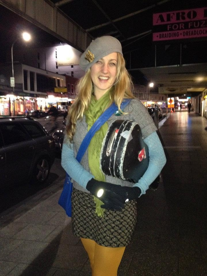 Hannah Fraser Random stylish cool friendly person with violin one Thursday nite — at K Road.