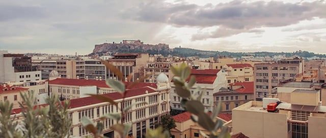 A video I shot for my home city, Athens, during my favorite season. Get inspired and let yourself wander in this beautiful and controversial city!