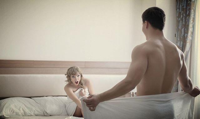 El trasero femenino es la parte que más excita al 42% de los chicos. #pene
