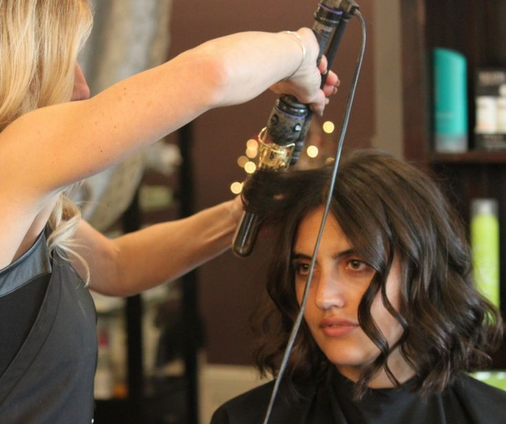 The way you look may decide what #job you land onto, might decide how much loved and secured you are in your #relationship and it definitely matters how you feel about yourself. Click here to get the best help for refining your #looks and more from Salon Volume.