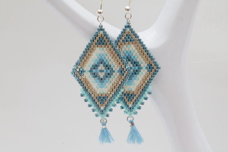 Boucles d'oreilles Miyuki style Péruviens coloris Bleu turquoise, Créme, Bleu