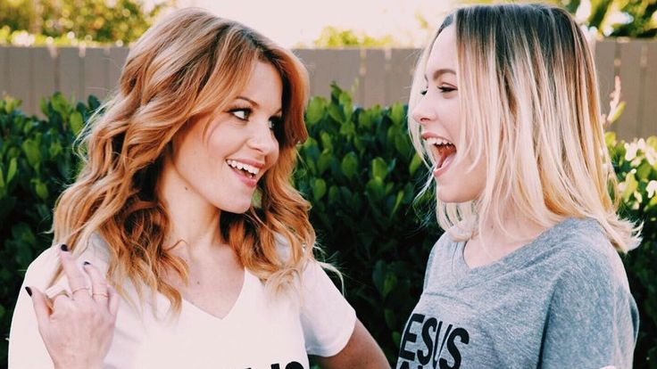 Candace Cameron Bure and Daughter Natasha Adorably Bicker Over a Bralette on Instagram Natasha's bralette was barely visible in her snap, although Candace was quick to publicly call her out. http://www.etonline.com/news/196202_candace_cameron_bure_and_daughter_natasha_adorably_bicker_over_a_bralette_on_instagram/ #InstagramNews #InstagramTips