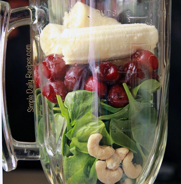 Cashew Smoothie with Spinach and Cherries « Simple Daily RecipesSimple Daily Recipes