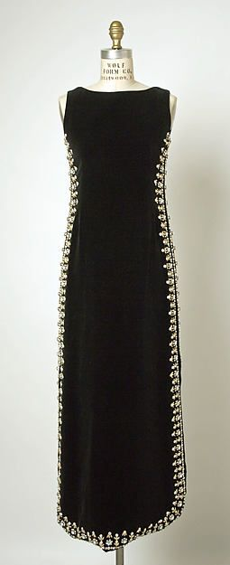 Evening dress-Designer: Cristobal Balenciaga (Spanish, Guetaria, San Sebastian 1895–1972 Javea) Date: 1967 Culture: French
