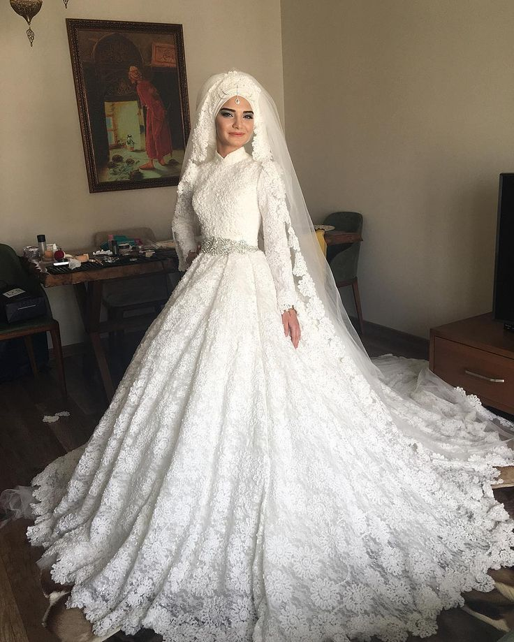 59 best muslim wedding dress arabic gowns images on for Wedding dresses for muslim brides