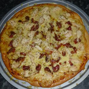 Chicken Carbonara Pizza