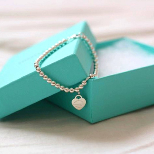 Tiffany And Co Blue Turquoise Heart Pearl Silver Bracelet Jewelry Bow Box The Of Matter Pinterest Pearls