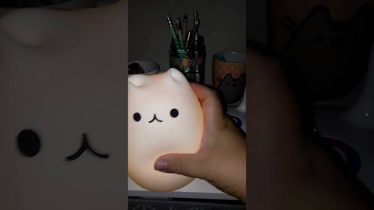 Adorable lampe led chaton! https://the-passion-store.com/products/lampe-de-chevet-chaton-portable?variant=25154040331