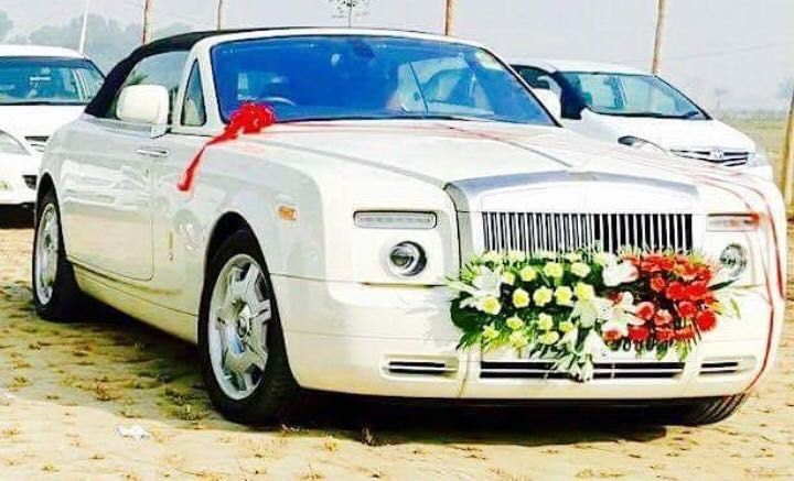Luxury Car For Self Drive Self Driven And Chauffeur Driven Wedding Car Delhi Offers Bmw Car Vintage Car Me Car Rental Service Car Rental Luxury Car Rental