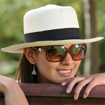 Colonial Panama Hat for Women (Grade 3-4)