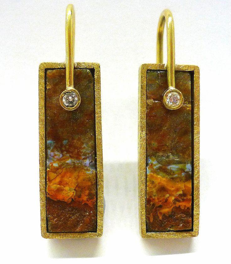 Pendientes opalo boulder brasileño con diamantes y oro amarillo