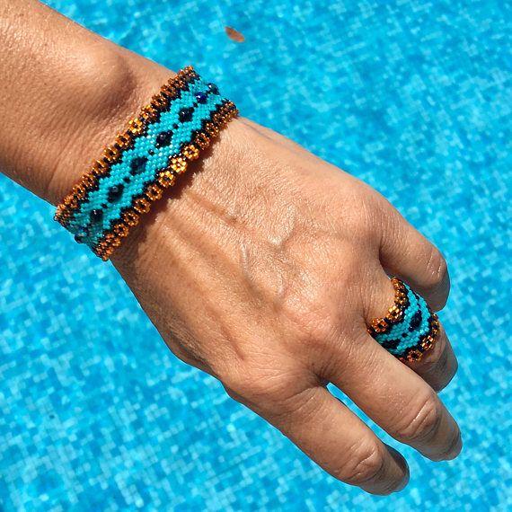 Turquoise miyuki bracelet flower Orange ring without a clasp