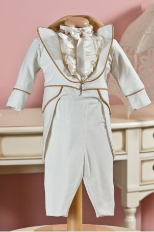 "Cute ""Little Gentleman"" christening suit for little boys, from Petite Coco.  http://www.petitecoco.ro/shop/en/tres-chic/67-little-gentleman-boy-suit.html"