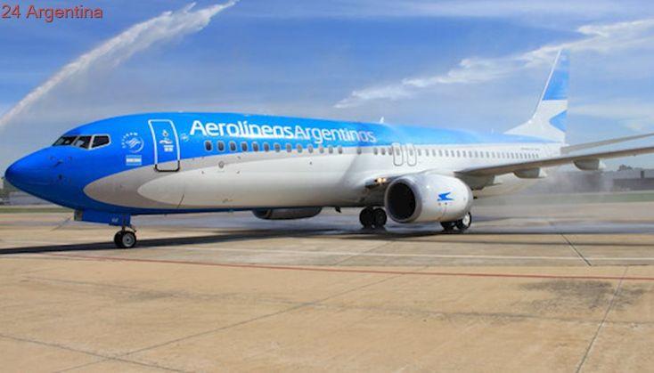 """Un avión de Aerolíneas se """"llevó puesto"""" un dron cuando llegaba a Aeroparque"""