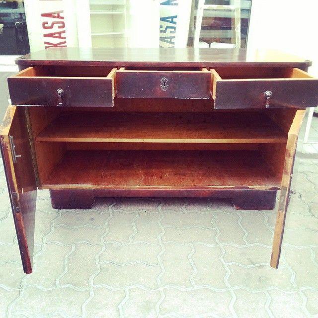 One more sideboard shot Solidna robota #vintage #furniture #interiorstyling #interiors #sideboard #komoda #sklepvintage #poznan #instadesign