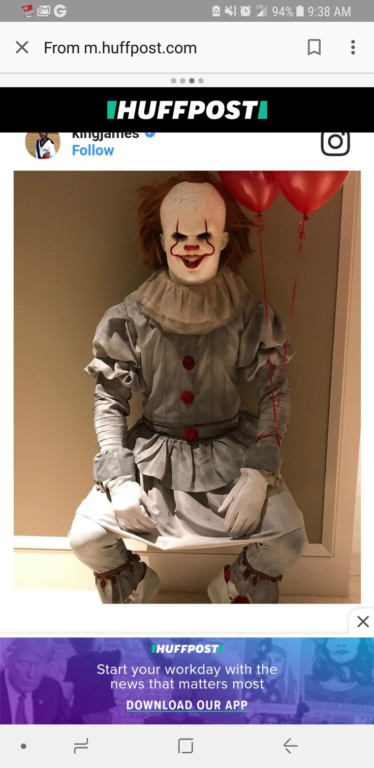 LeBron James as Pennywise for Halloween 2017. Aaaaaaand cue the hairline jokes