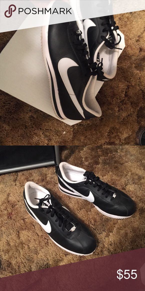 Nike Cortez 72's Black worn once Nike Cortez 72's Black worn once Nike Shoes Sneakers