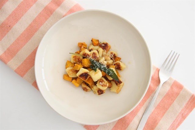 Gnocchi and Roast Pumpkin and Sage (Adapted from Matt Moran when I get home)  half a butternut pumpkin (I used japanese pumpkin), peeled, seeded and cut into 1cm dice 30 ml olive oil salt and pepper 30 grams butter, diced 1/2 bunch sage, leaves picked parmesan, grated  Gnocchi rock salt, for baking  1.5 kg pontiac potatoes (I used royal blue) 150 grams plain flour 2 egg yolks salt extra virgin olive oil, for tossing