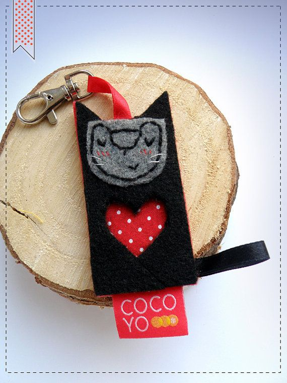 Key Chain Valentines Cat Big Red Heart I love you by COCOYOstore, €8.50