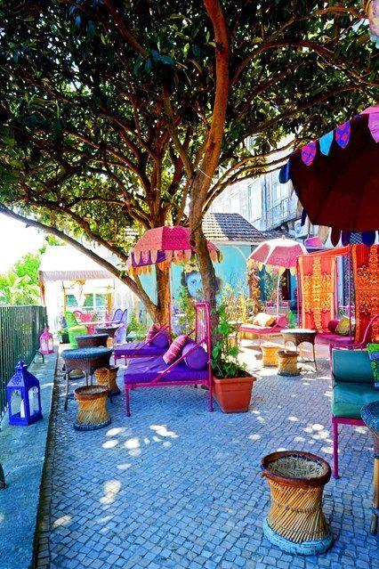 Lost in Esplanada Bar, Rua D.Pedro V 56, Príncipe Real, Lisbon