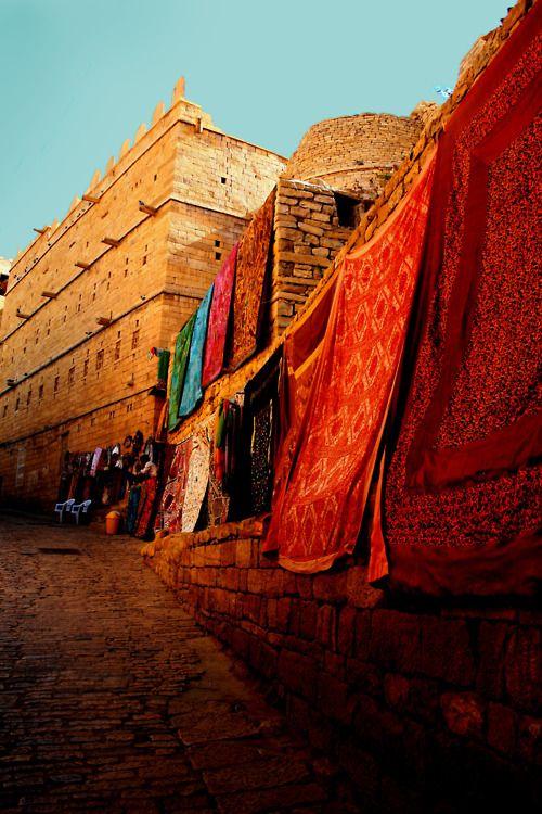 india: Rajasthan India, Travel India, Bohemian Lifestyle, Beautiful Places, Incr India, Beautiful India, Strong Jaisalm, India Color, Color India