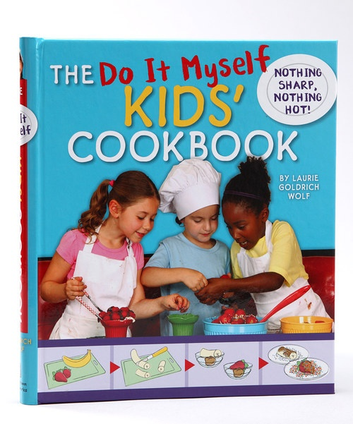 Short chefs can feel confident making their own after-school snacks with this delectable cookbook for kids. Expand their culinary horizons with cool combinations like turkey with cranberry sauce or pear on a bagel. With delicious and easy recipes, it's the perfect selection of dishes for any chef in the making. They'll be cooking for others using this cool book in no time!Written by Laurie Goldrich Wolf