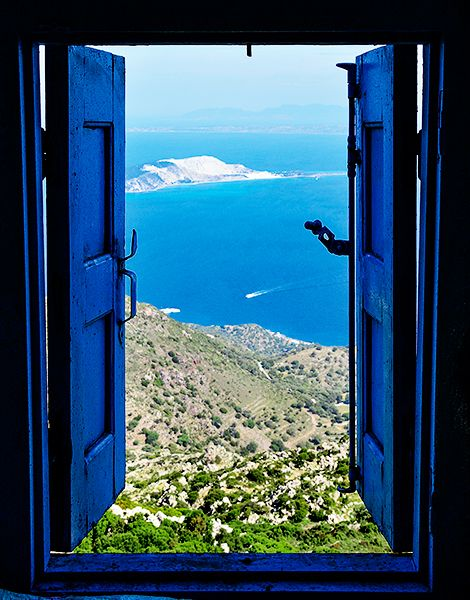 The Grand Tour of Nisyros - Greece Is