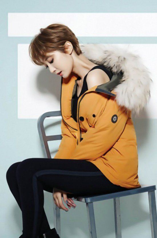 'She Is Pretty' Go Jun Hee is the elegant model for 'Chatelaine' | http://www.allkpop.com/article/2015/11/go-jun-hee-is-the-elegant-model-for-chatelaine