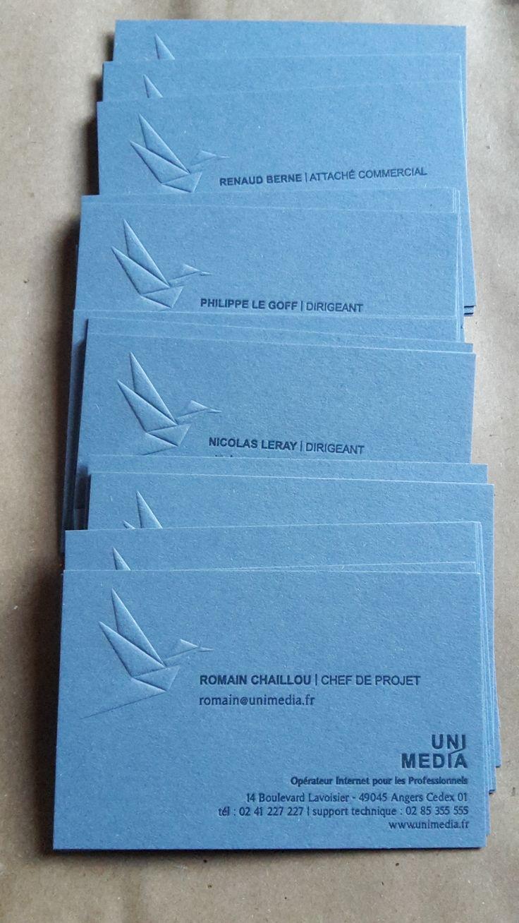 création 2016 de cartes de visite Hortense Rossignol graphisme pour UNIMÉDIA - impression réalisée en letter press (débossage et embossage) sur un papier Materica acqua de la maison FEDRIGONI par l'imprimerie LA MAQUINA à Montilliers