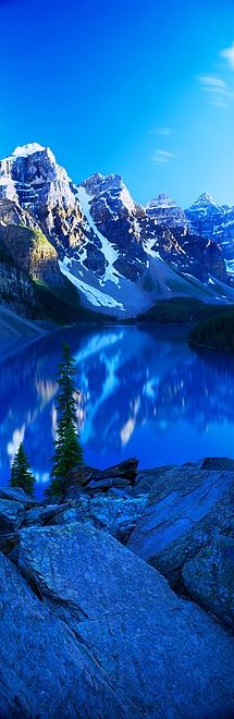 Moraine Lake, Banff National Park, in the Canadian Rockies