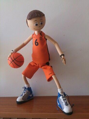 Fofucho jugador basket con nike