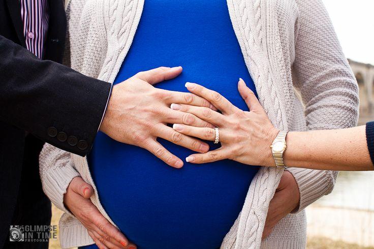 surrogate maternity photo
