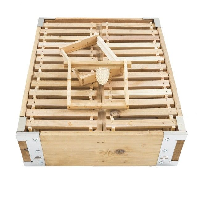"""Single Box - 26 Frame 5 5/8"""" Shallow Cedar Bee Box Hive Body from Eco Hive Solutions Co 