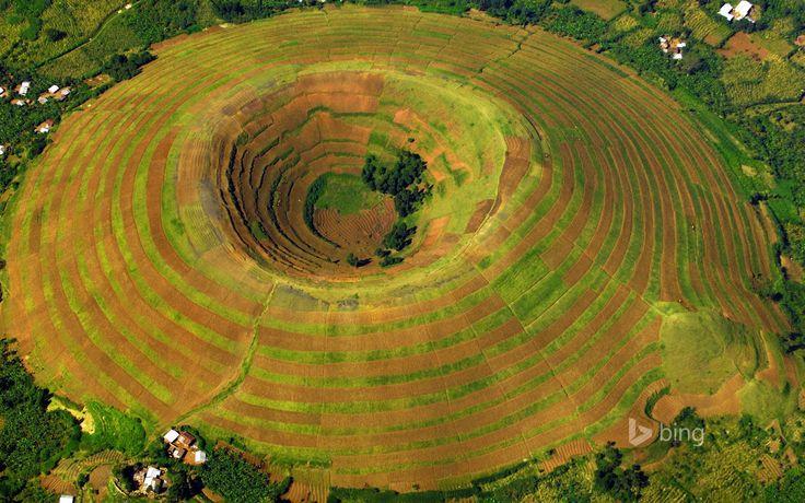 kisoro uganda volcano terrace of the field crater house