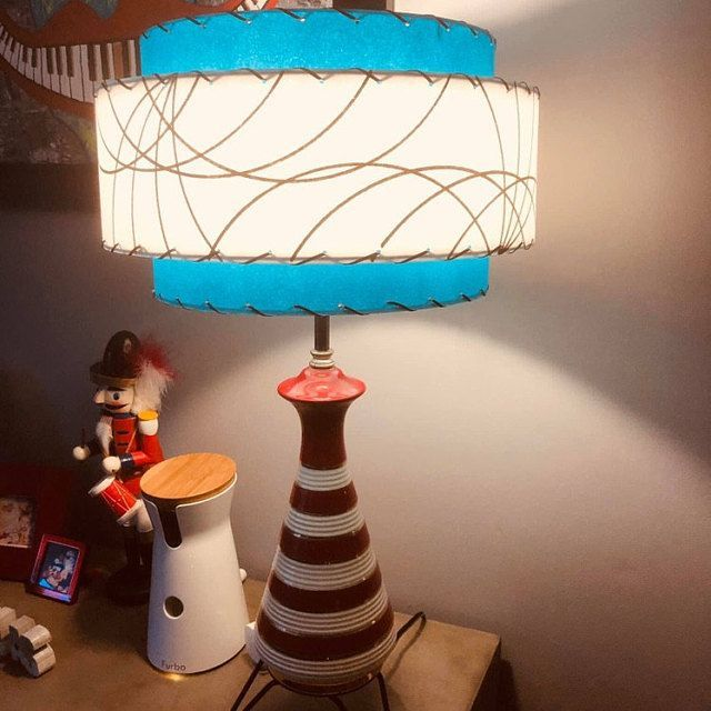 Vintage Mid Century Style 3 Tier Fiberglass Lamp Shade Modern Atomic Starburst Atomic Century Fiberglass Lamp Mid Mode In 2020 Mid Century Style Vintage Table Lamp