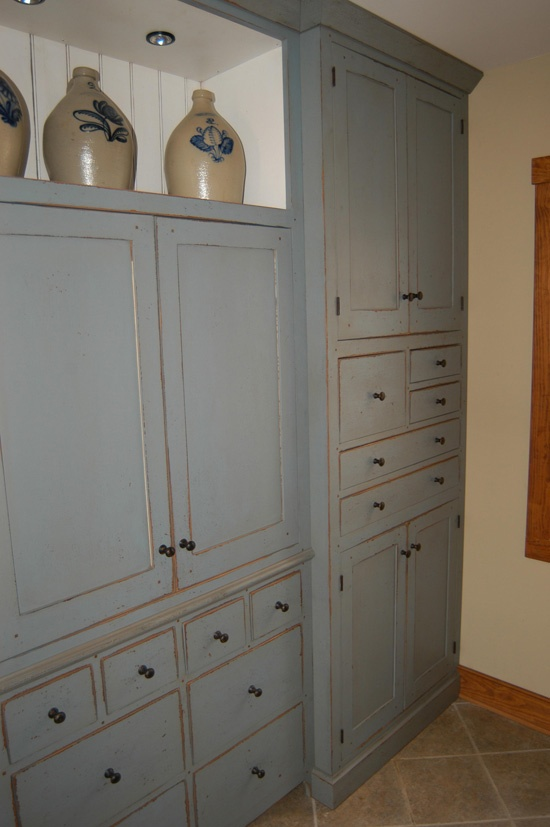 25 best ideas about bedroom cabinets on pinterest bedroom built ins bedroom storage cabinets and built ins