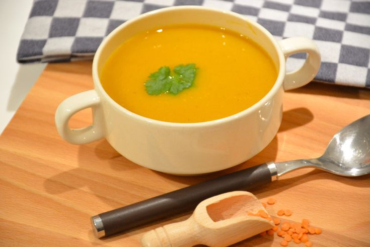 Sweet potato soep met rode linzen :: De Voedingsapotheek