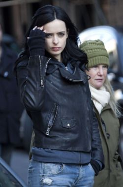 AKA Jessica Jones set photo